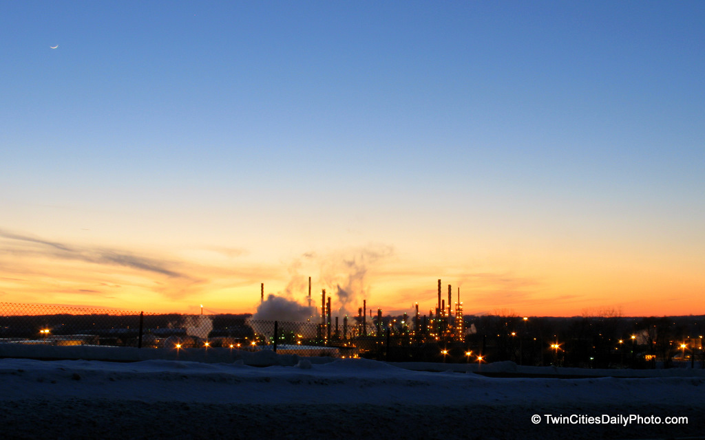 Sunset at the St Paul Park Refinery, which I've always know it as the Ashland Oil Refinery, though it has changed names to the Marathon Petroleum Co. and I believe it has been sold again recently.