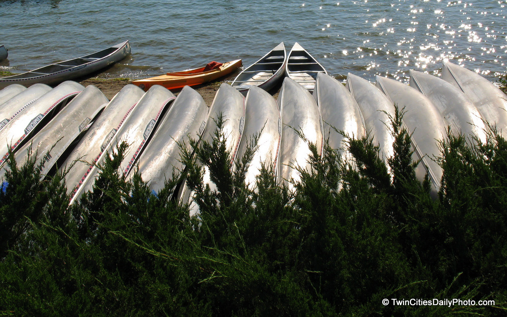 Is it just me, or do these canoes look like sardines sunning themselves in the sun?